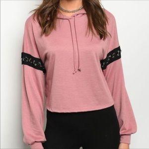 veveret Tops - Lightweight Hooded Pullover Top